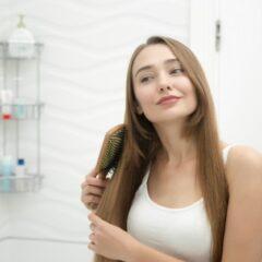 Que faut-il savoir pour bien choisir sa brosse à cheveux en bois ?